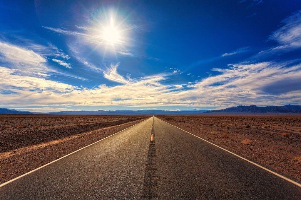 road-3133502_1920
