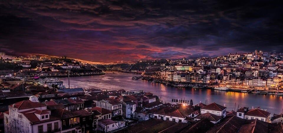 Porto_skyline[1]