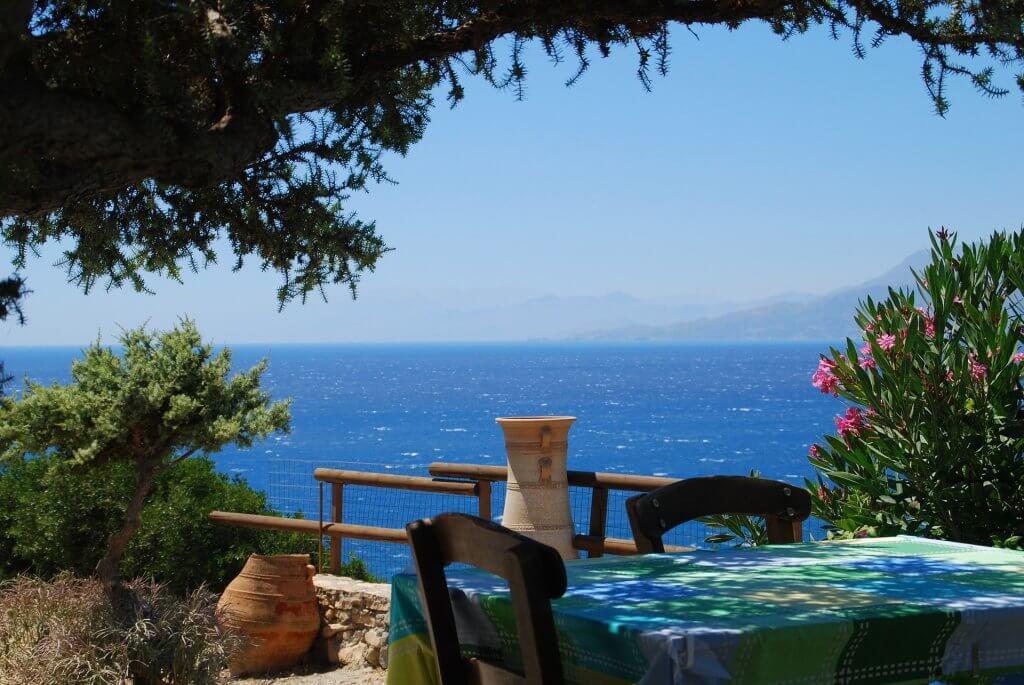 Cretes-tavern